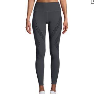 ALO YOGA Vapor High-Waist Leggings Size M